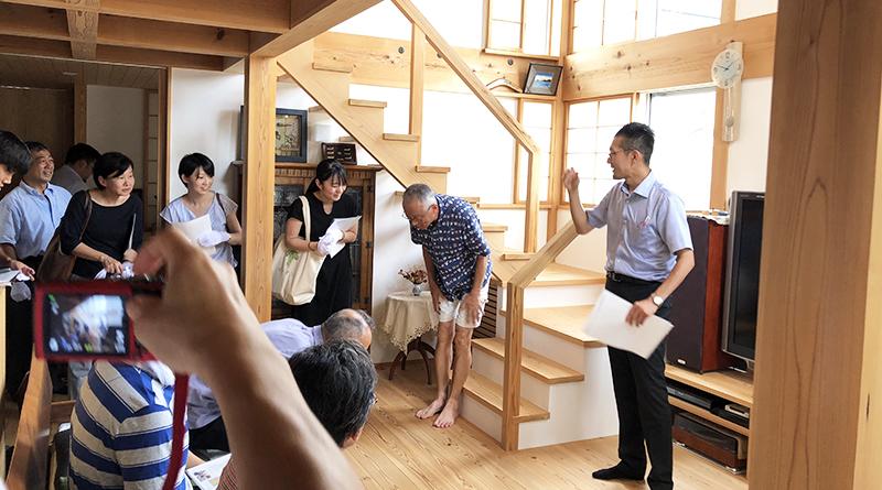 「加賀妻工務店の仕事」見学と討議